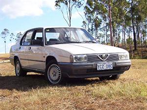 Alfa Romeo 90 4 дв. седан 162