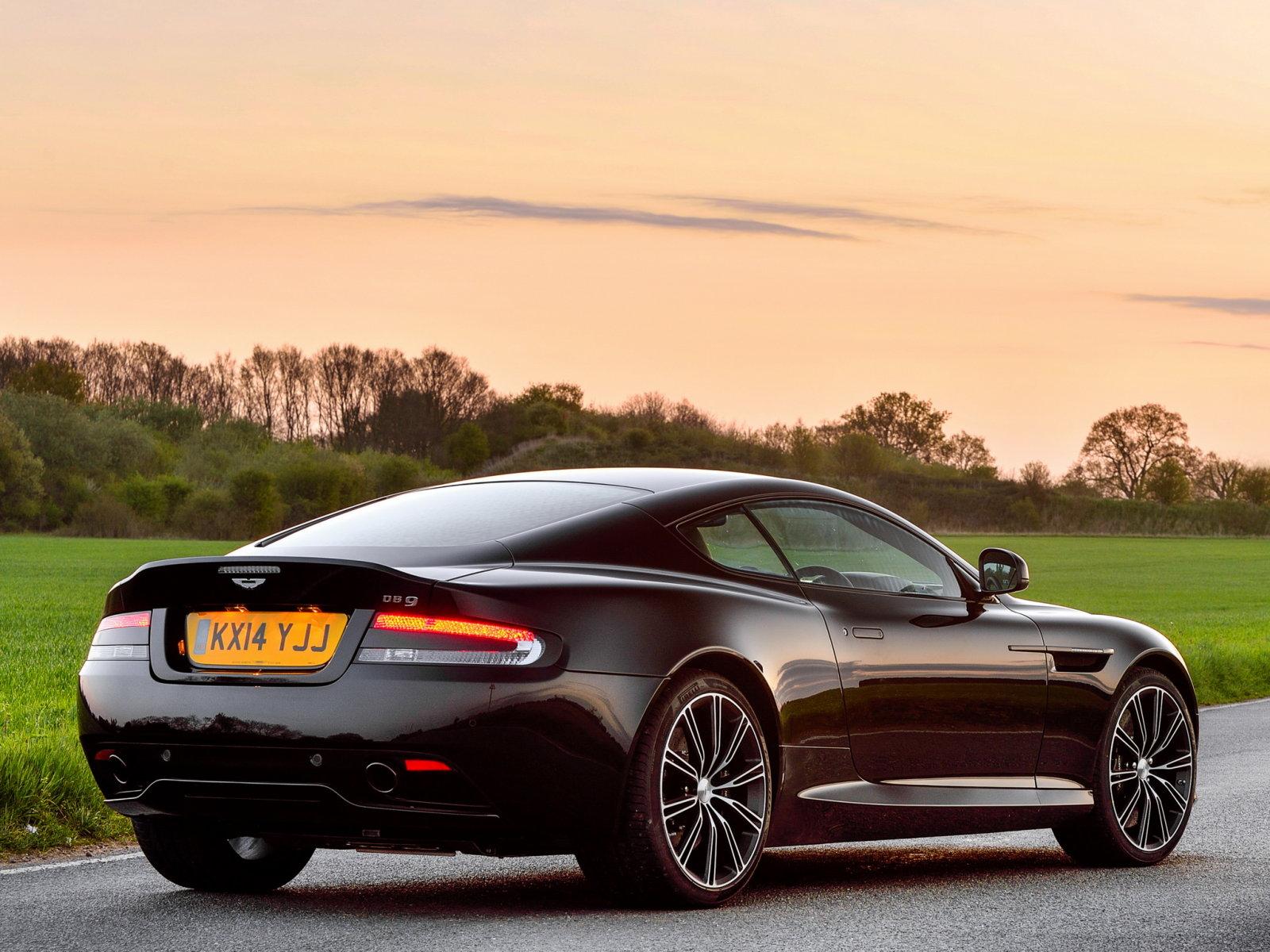 Aston Martin carbon без смс