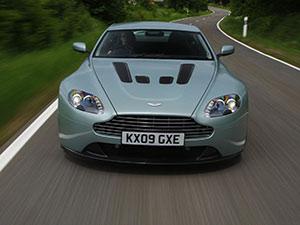 Aston Martin V12 Vantage 2 дв. купе V12 Vantage