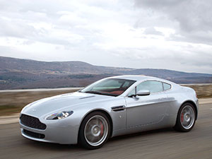 Aston Martin V8 2 дв. купе V8 Coupe