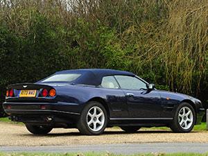 Aston Martin V8 2 дв. кабриолет V8 Volante