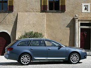 Audi A6 5 дв. универсал Allroad