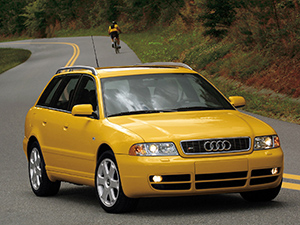 Audi S4 5 дв. универсал Avant (8D, B5)