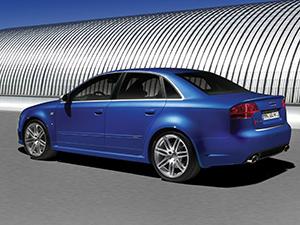 Audi RS4 4 дв. седан Salon (8E)