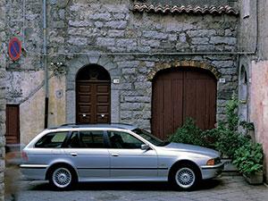 BMW 5-серия 5 дв. универсал E39
