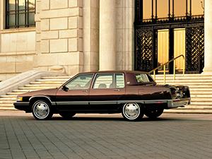Cadillac Fleetwood 4 дв. седан Fleetwood