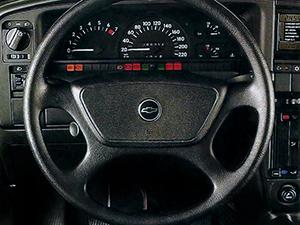 Chevrolet Omega 4 дв. седан Omega