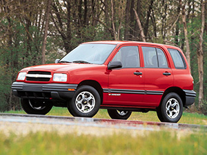 Chevrolet Tracker 5 дв. внедорожник Tracker