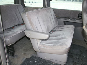 Chrysler Voyager 4 дв. минивэн Voyager