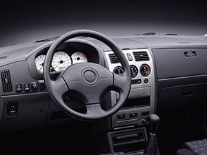Daihatsu Sirion 5 дв. хэтчбек Sirion