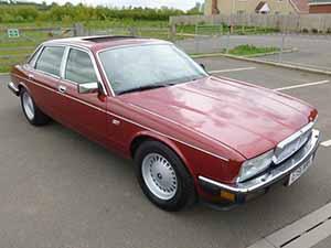 Daimler  3.6 4 дв. седан 3.6