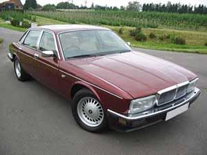 Daimler  4.0 4 дв. седан 4.0