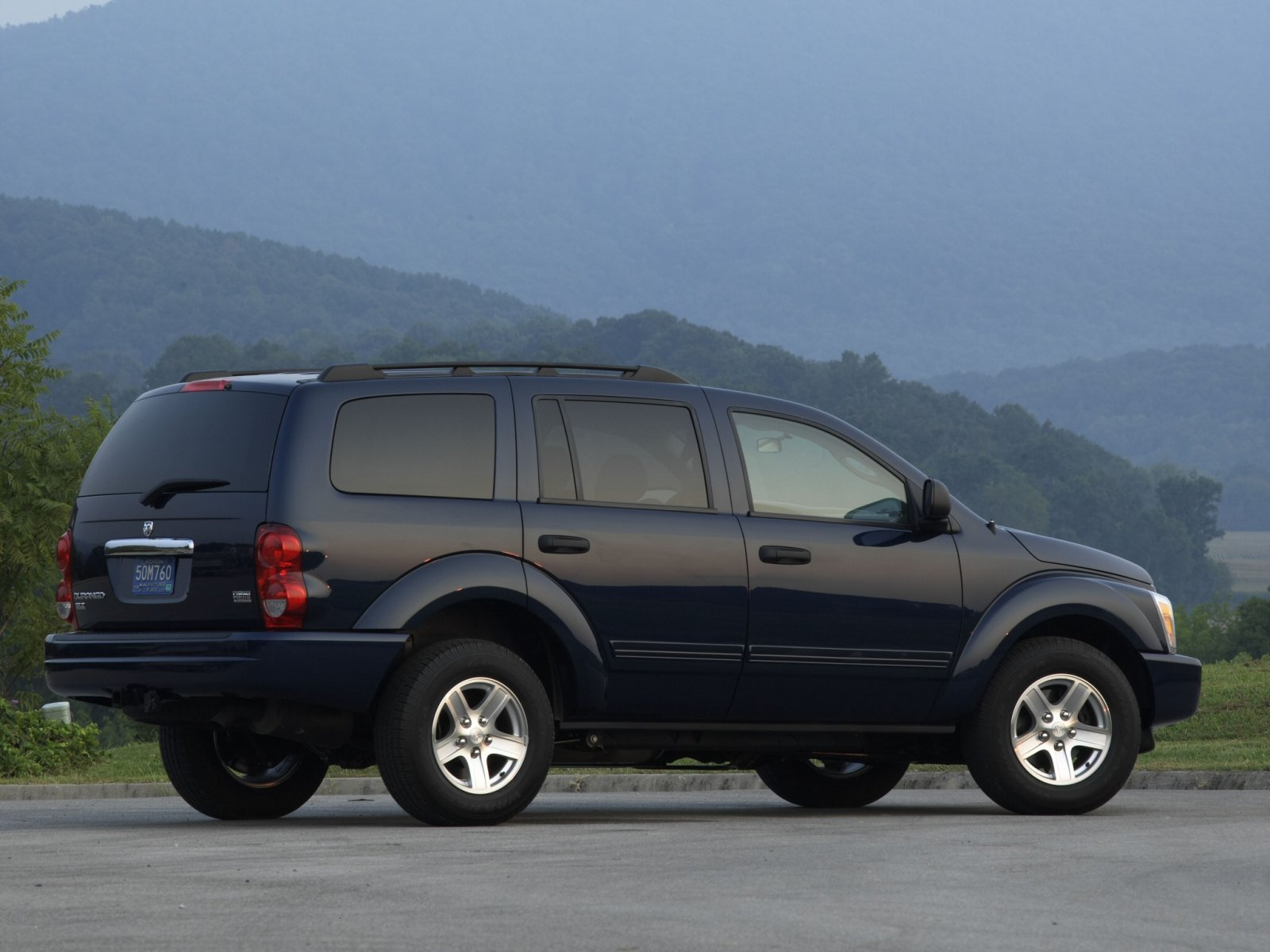 Dodge (Додж) Durango 2004-2008 г.