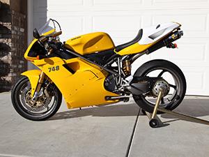 Ducati 748 спортбайк 748