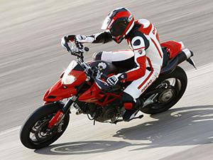 Ducati HyperMotard спортбайк HyperMotard 1100