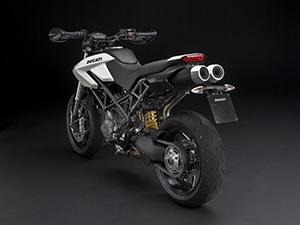 Ducati HyperMotard спорт-турист Hypermotard 796