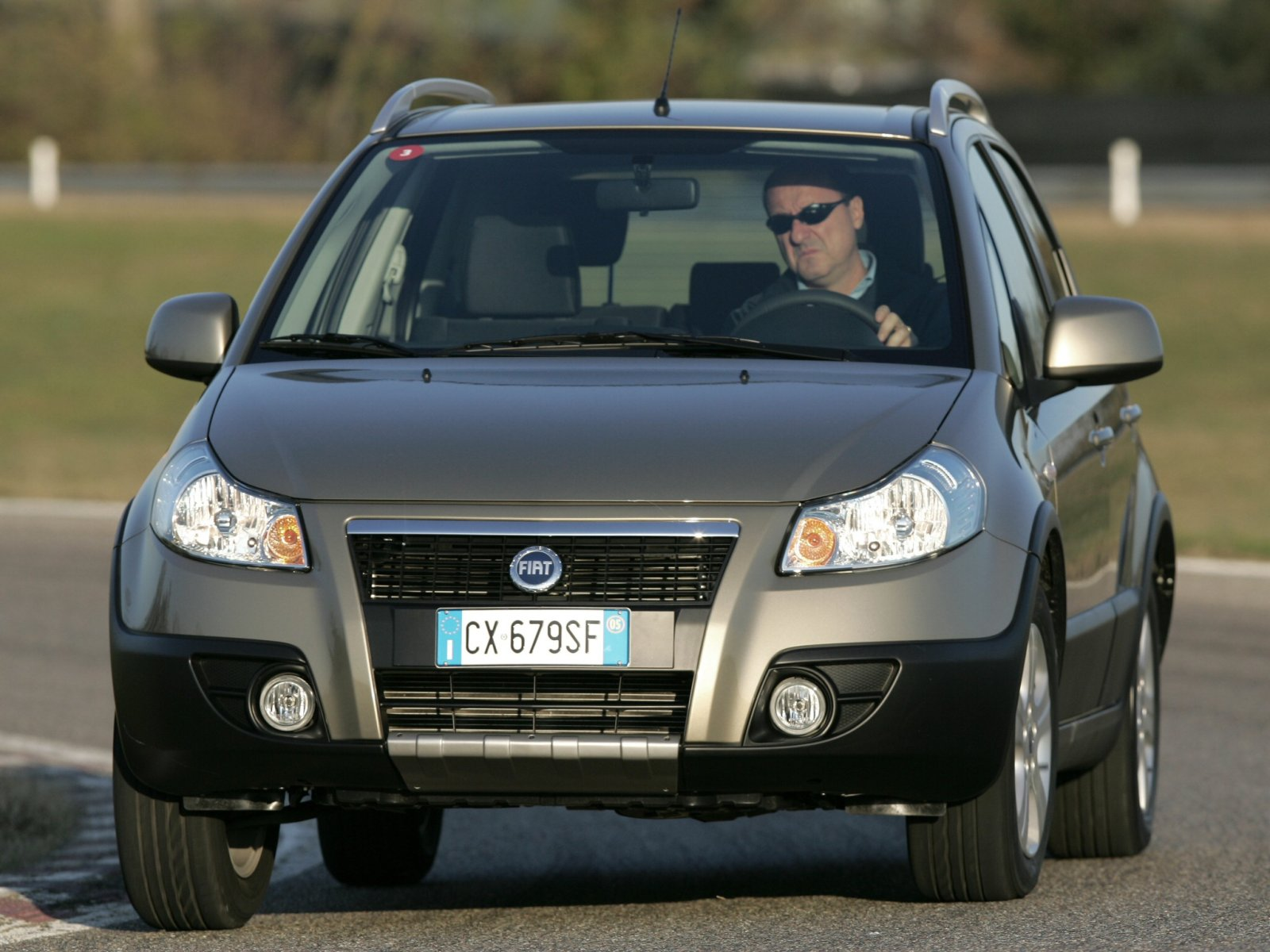 Fiat (Фиат) Sedici 2006-2009 г.