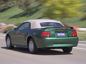 Ford Mustang 2 дв. кабриолеты  Mustang Convertible