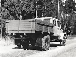ГАЗ 3307 2 дв. бортовой 3307