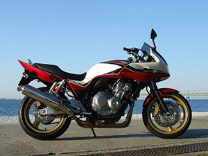 Honda CB спортбайк CB 400 Super Four S