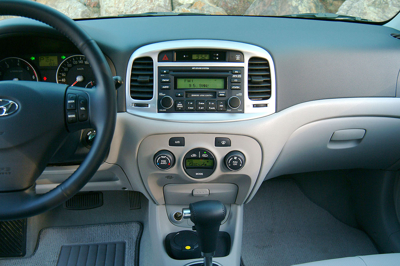 Hyundai (Хендай) Verna 2006-2009 г.