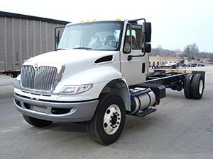 International 4300 2 дв. фургон изотермический 4300