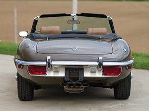 Jaguar E-Type 2 дв. родстер E-Type