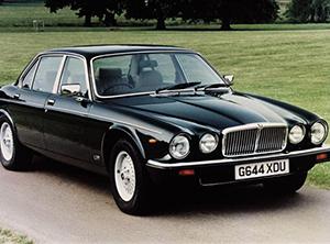 Jaguar V12 4 дв. седан V12