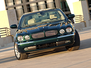 Jaguar XJR 4 дв. седан XJR