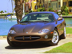 Технические характеристики Jaguar XK8