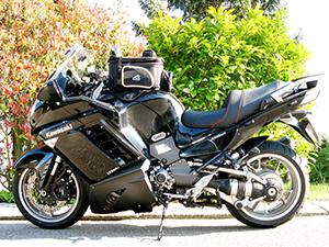 Kawasaki 1400 GTR спорт-турист 1400 GTR