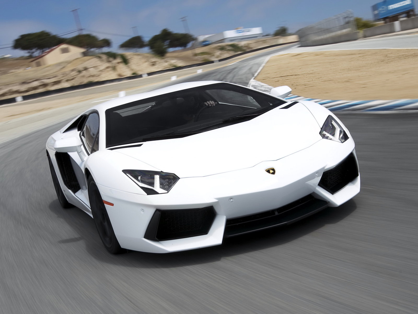 Lamborghini (Ламборджини) Aventador 2011- г.