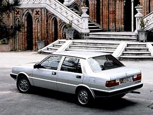 Lancia Prisma 4 дв. седан Prisma