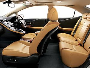 Lexus HS 4 дв. седан HS