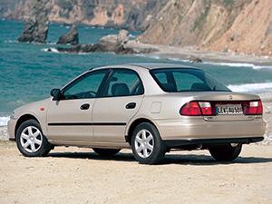 Mazda 323 4 дв. седан 323