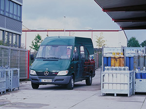 Mercedes-Benz Sprinter 4 дв. фургон Sprinter (901)