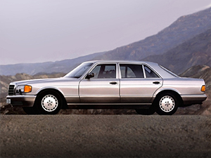 Mercedes-Benz S-class 4 дв. седан W126