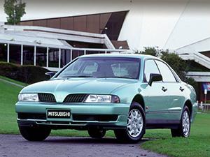 Mitsubishi Magna 4 дв. седан Magna