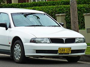 Mitsubishi Magna 5 дв. универсал Magna