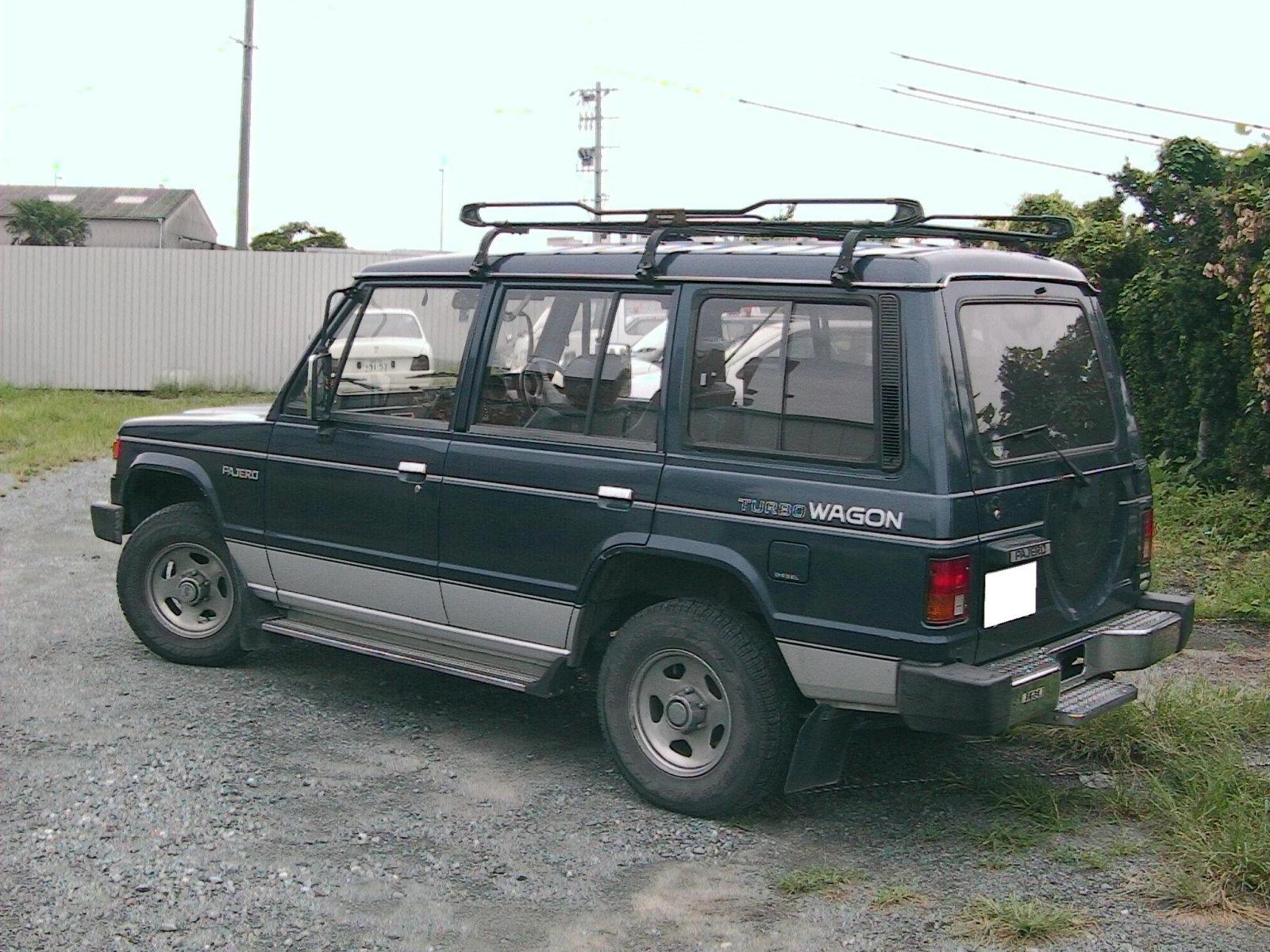 Mitsubishi (Мицубиси) Pajero 1986-1991 г.