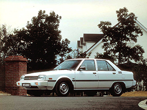 Mitsubishi Tredia 4 дв. седан Tredia