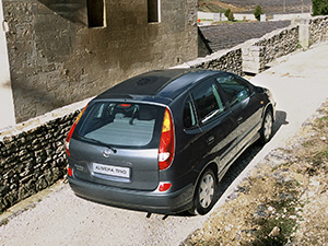 Nissan Almera Tino 5 дв. минивэн Almera Tino