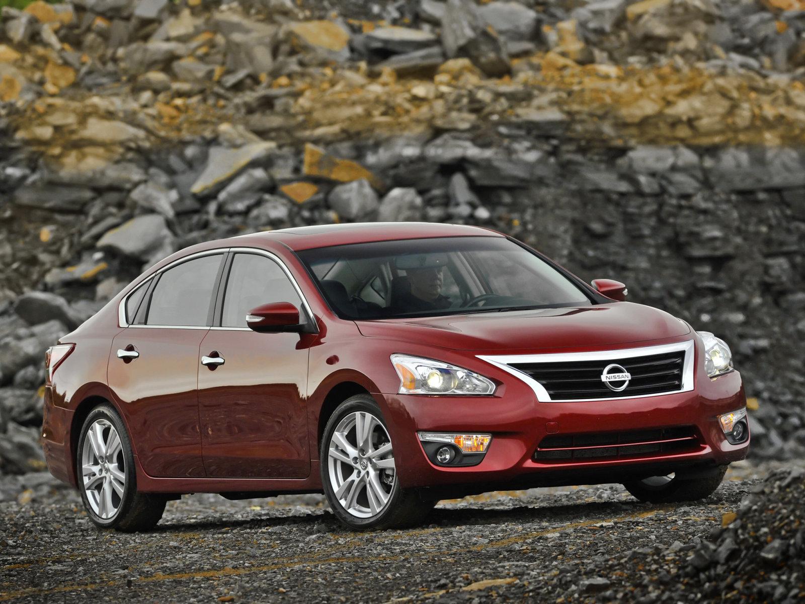 Nissan (Ниссан) Altima  2012- г.