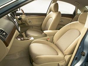 Nissan Bluebird 4 дв. седан Bluebird Sylphy II (G11)