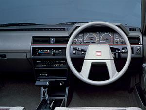 Nissan Bluebird 5 дв. универсал Bluebird Combi
