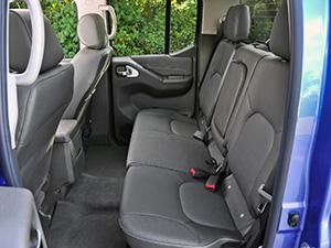 Nissan Navara 4 дв. пикап Double Cab