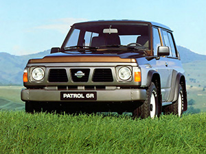 Nissan Patrol 3 дв. внедорожник Hardtop