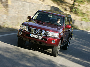 Nissan Patrol 5 дв. внедорожник GR