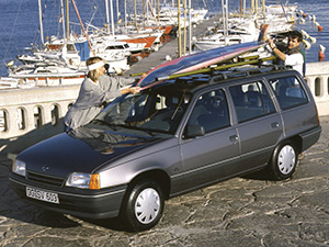 Opel Kadett 5 дв. универсал Caravan (E)