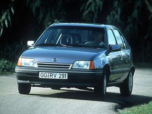 Opel Kadett 5 дв. хэтчбек (E)